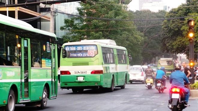 Xe buýt ga Sài Gòn đi Bến Thành